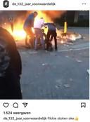 Beelden van ongeregeldheden bij de rotonde op Urk die op Instagram worden gedeeld.