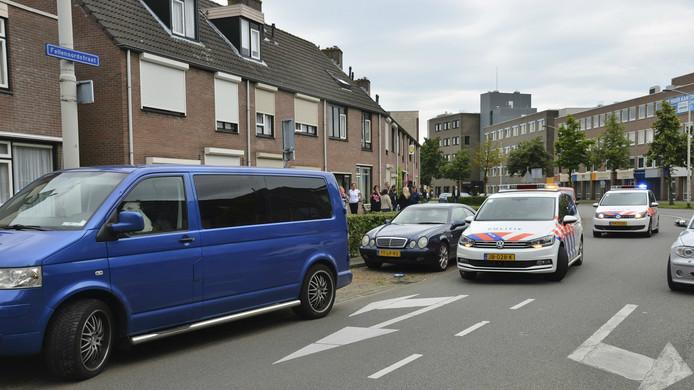 De bestuurder is na zijn dollemansrit aangehouden in de Fellenoordstraat.