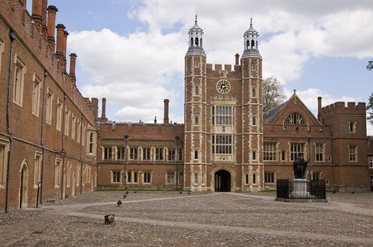 De binnenplaats van Eton College. Beeld thinkstock