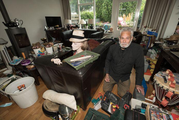 Het huis van Gene Gout staat 'redelijk' vol: hij ziet in alles iets bruikbaars.