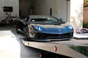 Ook deze Lamborghini kocht de verdachte met de staatssteun.