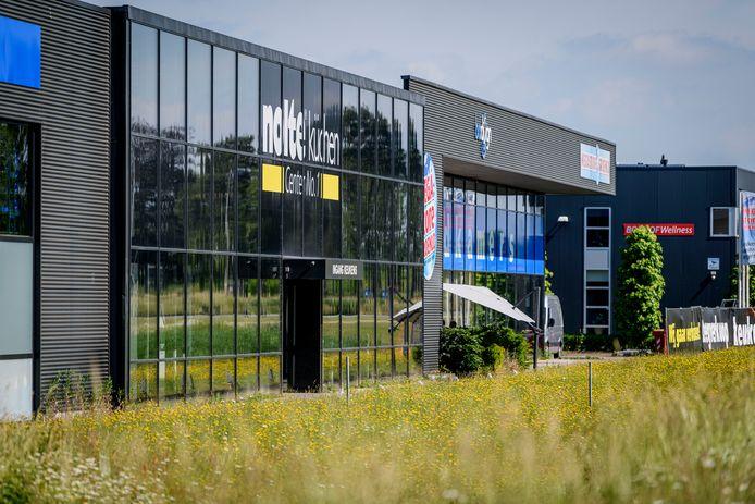 De sociale dienst Oost Achterhoek komt in dit huurpand op De  Laarberg aan de Batterij 10/12/12A. De verbouwing kost miljoenen extra. Een bizar plan, vindt de politiek in Berkelland