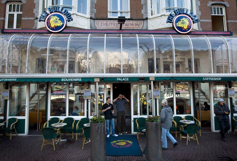 Coffeeshop The Bulldog in Amsterdam.  Beeld Hollandse Hoogte /  ANP