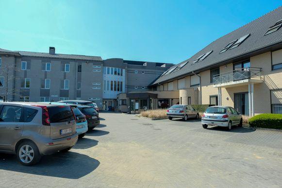 Woonzorgcentrum Onze-Lieve-Vrouw in Wezembeek-Oppem was lang coronavrij, maar nu hebben twee bewoners alsnog positief getest op het coronavirus.