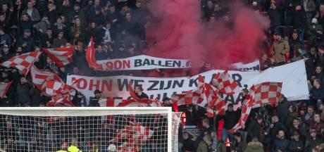 PSV biedt Philips Stadion aan voor maatschappelijk nut en vraagt werktijdverkorting aan