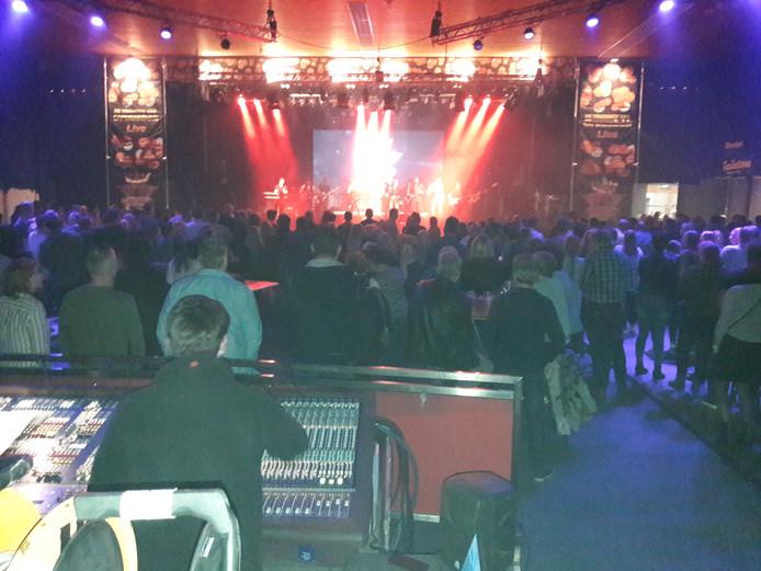 Drukte bij Gruusbek Live.