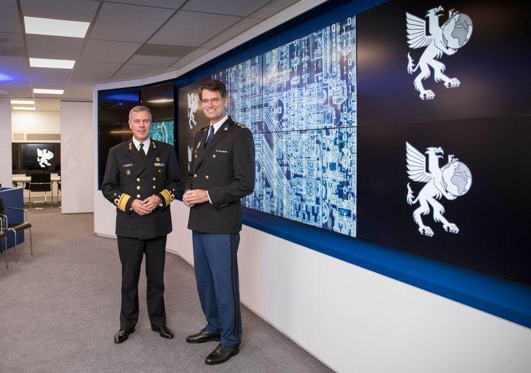Rob Bauer (links) en Erik Akerboom. Beeld Werry Crone