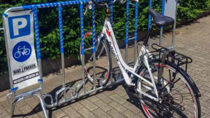 """Zottegem koopt mobiele fietsenstallingen aan: """"Inwoners aansporen om meer de fiets te gebruiken"""""""