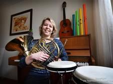 Muziektherapeut Jennifer (24) uit Losser: 'Het is meer dan een beetje trommelen'