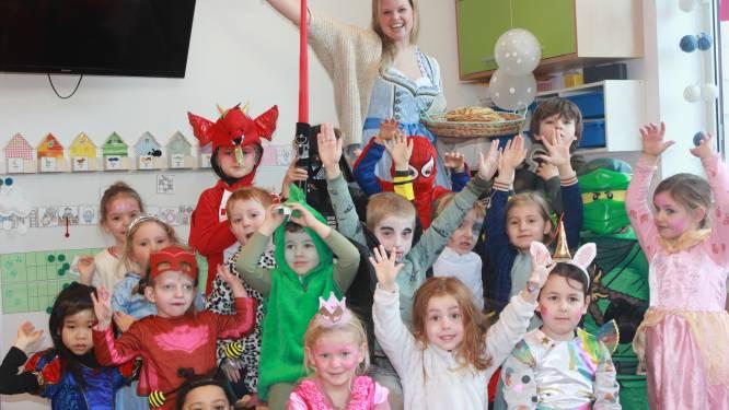 """Zesdejaars PIVA bakken 1.001 pannenkoeken voor Edegemse schoolkinderen: """"Scholen helpen scholen!"""""""