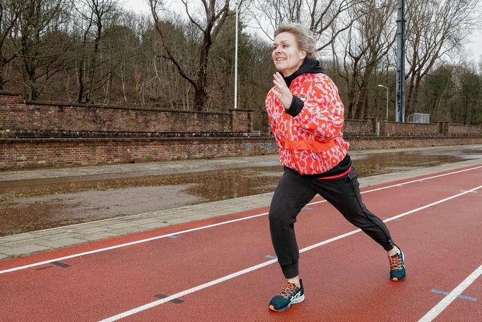 Elles van Geest fitness trainer oncologie op de Atletiekbaan