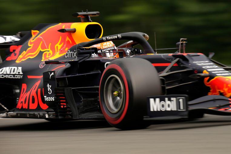 De Nederlandse Formule 1-troef Max Verstappen, hier tijdens de training voor de GP van België die dit weekeinde verreden wordt. De week erop is de race in Zandvoort. Beeld AP