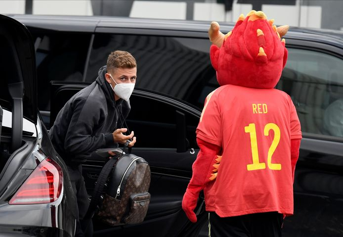 Thorgan Hazard gisteren bij aankomst in Tubeke.