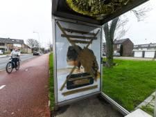 Affiche van 'overspel-site' Second Love onleesbaar gemaakt in Waddinxveen