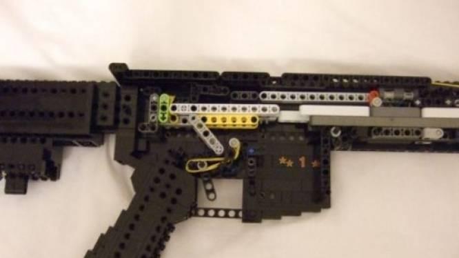 La police allemande se déplace en masse pour un garçon armé... en Lego