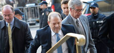 Harvey Weinstein emmené à l'hôpital après son procès