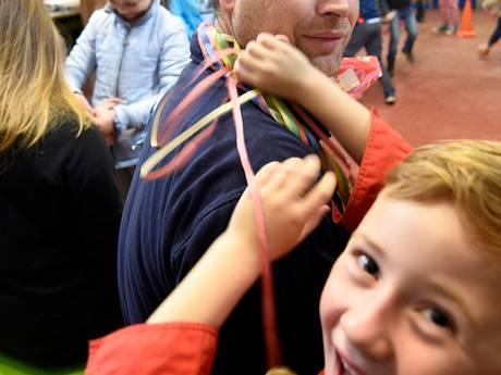 Woerdense Albert Schweitzergroep viert 50-jarig bestaan met reünie