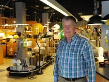 Luc Markies doet over een half jaar het licht in zijn lampenzaak definitief uit