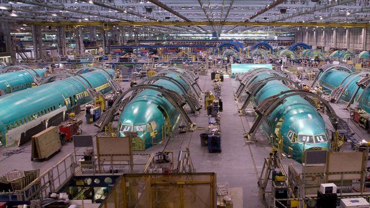 Een assemblage-fabriek van Boeing in Wichita (Kansas) met de rompen van 737-toestellen. Beeld AP