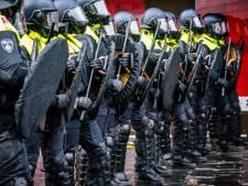 LIVE | Grapperhaus wijst oproep af: Demonstraties niet verbieden, politie kan situatie relschoppers aan