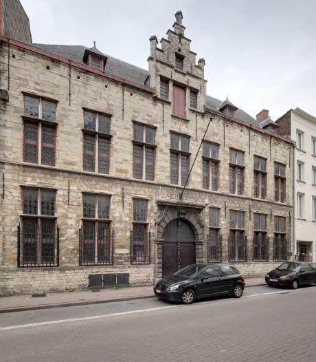 Magnifieke stadsvilla in Kloosterstraat wordt multifunctioneel gebouw met winkels, kantoren of horeca