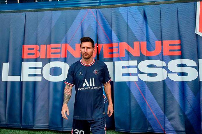 Lionel Messi in het shirt van PSG