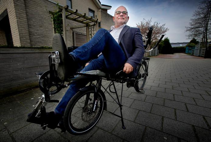 Jan Windey heeft PSMA en gaat op zijn speciale fiets de Tour du ALS fietsen.