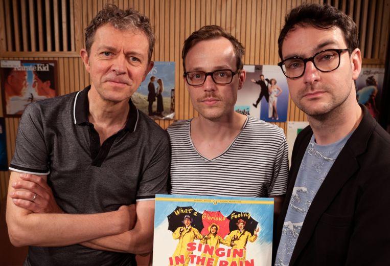 Frank Deboosere, Jeroen Struys en Robin Broos in 'The Origial Soundtrack' op Klara. Beeld VRT