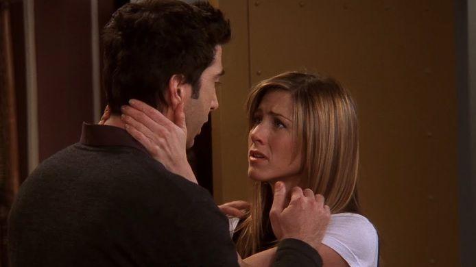 Scène uit 'Friends', met David Schwimmer en Jennifer Aniston als Ross en Rachel.