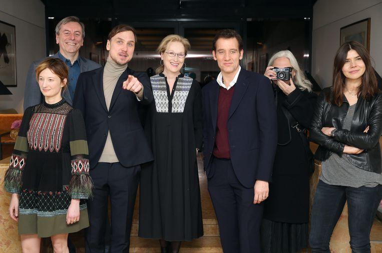 De jury van de Berlinale, met in het midden Meryl Streep. Beeld EPA
