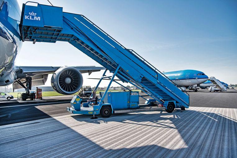 De vloot van KLM op Schiphol. Beeld Guus Dubbelman / de Volkskrant