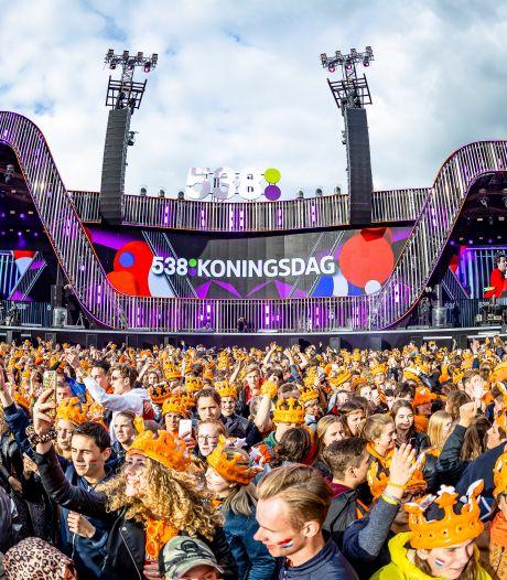 Politiek Breda over 538 op ramvol Chasséveld: 'Mooi feestje, maar klap in gezicht van horeca'