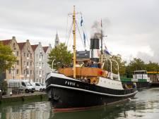 Stoomschip Furie ligt bij scheepswerf De Haas voor 'klinknagelonderzoek'