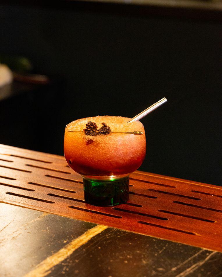 Smaakmaker van de Gentse Jigger's Coolers & Cocktails is deze zomer hun Freeze-cocktail op basis van kersenlikeur.  Beeld Zaza Bertrand