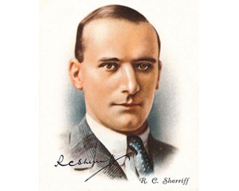 De Engelse schrijver RC Sherriff (1896-1975). Beeld Getty Images