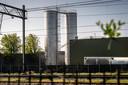 Varkensslachterij Vion plaatste twee watertanks in Boxtel zonder vergunning.