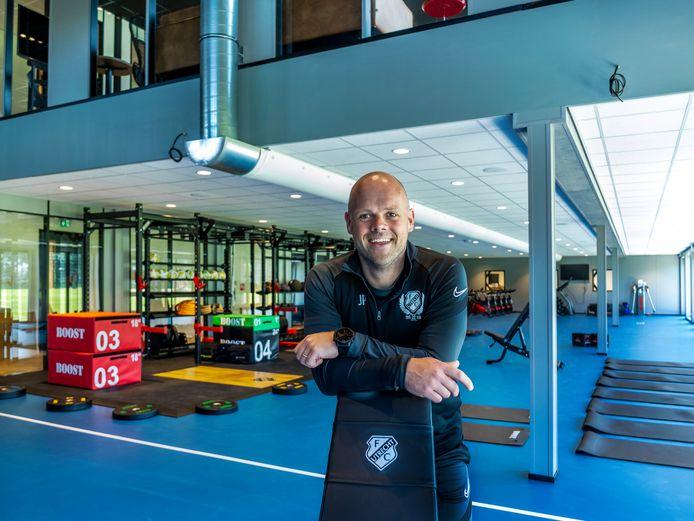 Jeroen Peters in de sportzaal van de nieuwe trainingsaccommodatie van FCUtrecht.