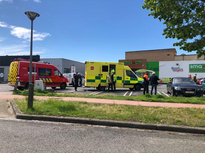 De fietser werd overgebracht naar het ziekenhuis.