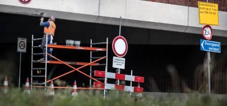 Richard mag berucht viaduct wéér herstellen: 'Schilder het rood en wit, dan pas let verkeer op'