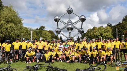 Honderd gele truien van Peloton d'Hiver fietsen van Brussel naar Dentergem