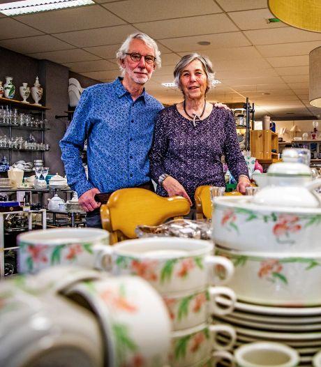 Co en Nel sluiten hun kringloopwinkel voorgoed: 'Met pijn in ons hart'