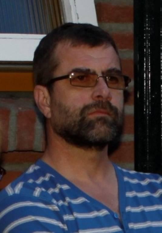 De heer L.M.J.M. (Albert) van Keulen (59), wonende te Udenhout