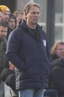 Helios-trainer Decheiver heeft alternatief klaar; toernooi met zes clubs