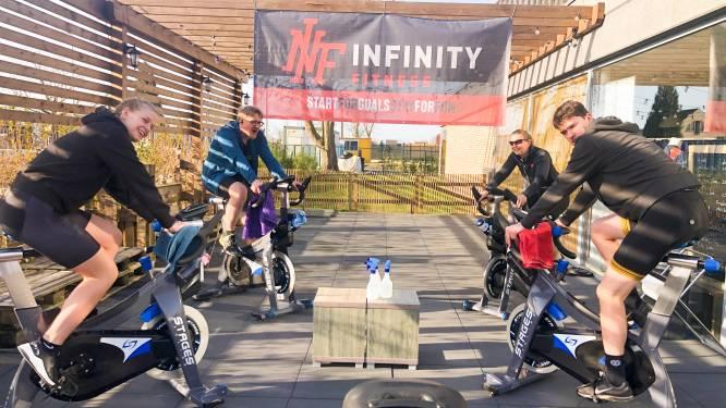 Infinty Fitness fietst 500 kilometer bij mekaar als noodkreet om fitnesscentra weer te mogen openen