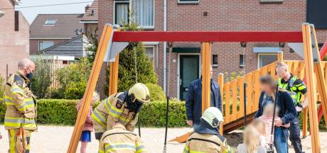 Speeltuintjes in Ommen na voorval met schommel niet onder vergrootglas: 'Anders als toestel los was geschoten'