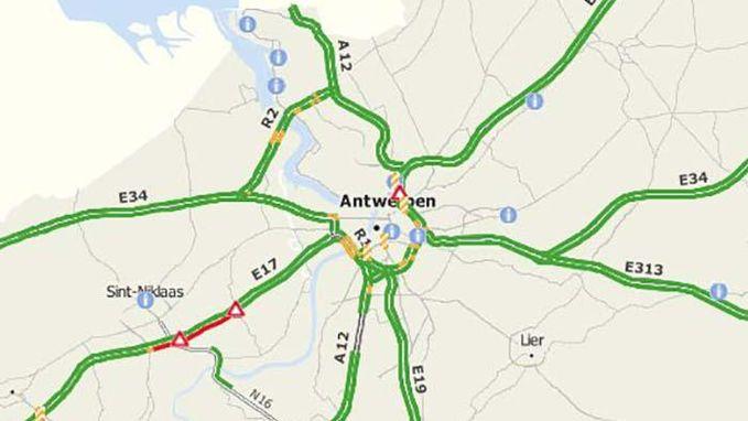 Tot een uur aanschuiven op E17 na ongevallen in Haasdonk en Sint-Niklaas
