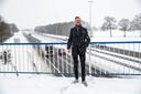 Volgens Hans de Haan kan Rijkswaterstaat geld besparen als ze besluiten om het viaduct van de Ardeweg niet te vervangen.
