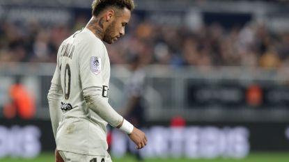 Het kan dus toch: PSG laat na 14 zeges eerste keer punten liggen in Ligue 1 en ziet Neymar geblesseerd naar de kant gaan