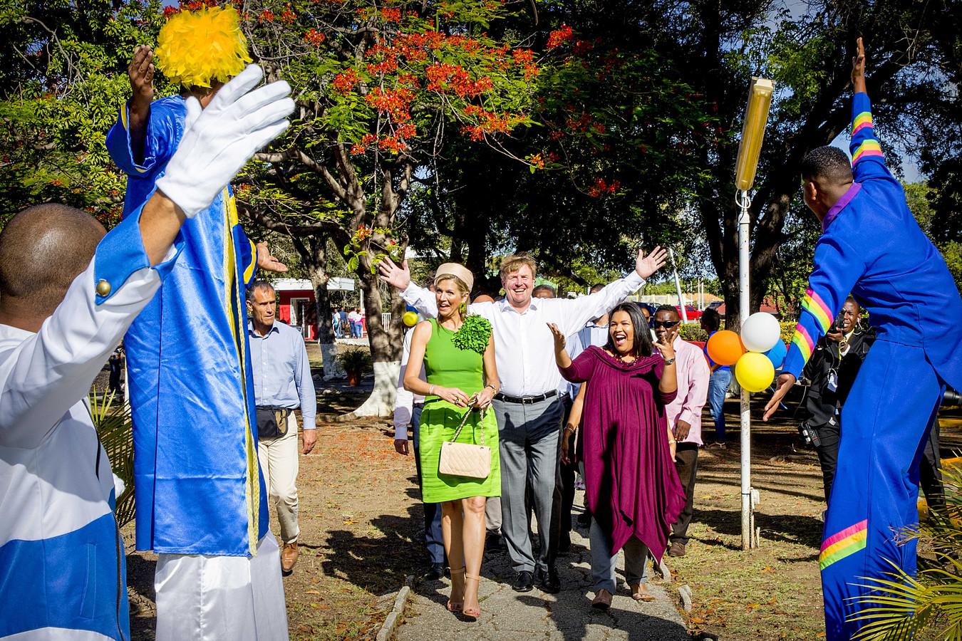 Het koningspaar tijdens een bezoek aan Curaçao in 2018.