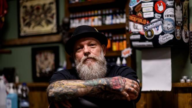 Twentse tatoeëerders houden hart vast wegens dreigend verbod: 'Wat moeten we straks zonder kleuren?'